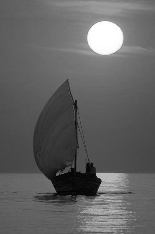 A sunset cruise on the traditional dhow