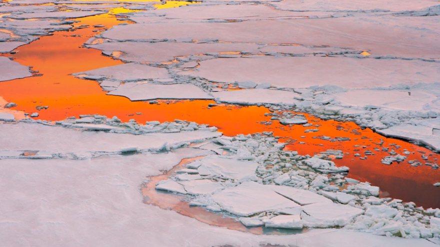 AntarcticSound_EN-AU10577798778_1366x768