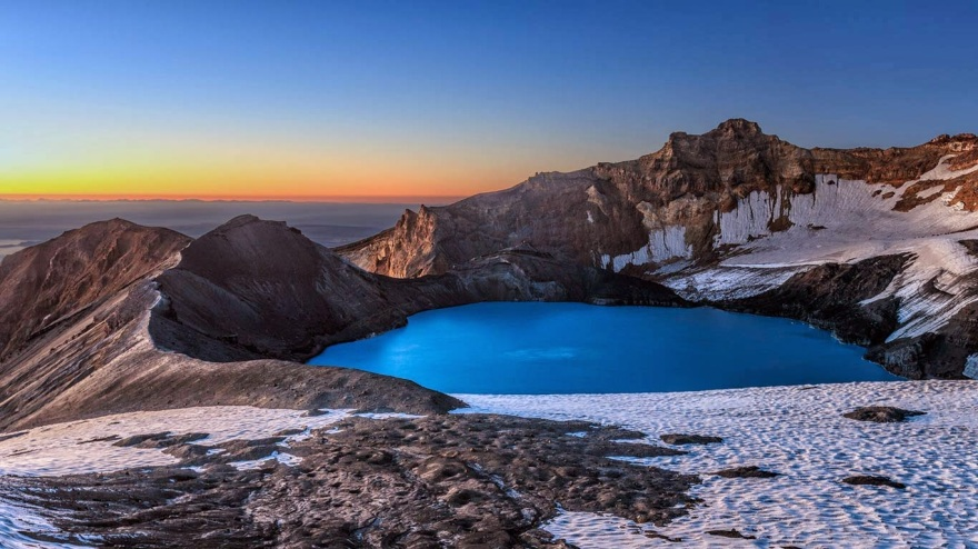 Mount Ruapehu's crater lake in New Zealand 20140321