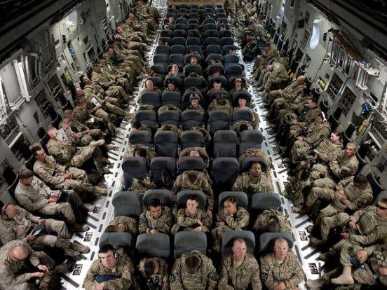 army-deployment-plane-military_82981_600x450