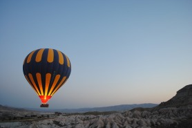 hot-air-balloon-1245927_960_720